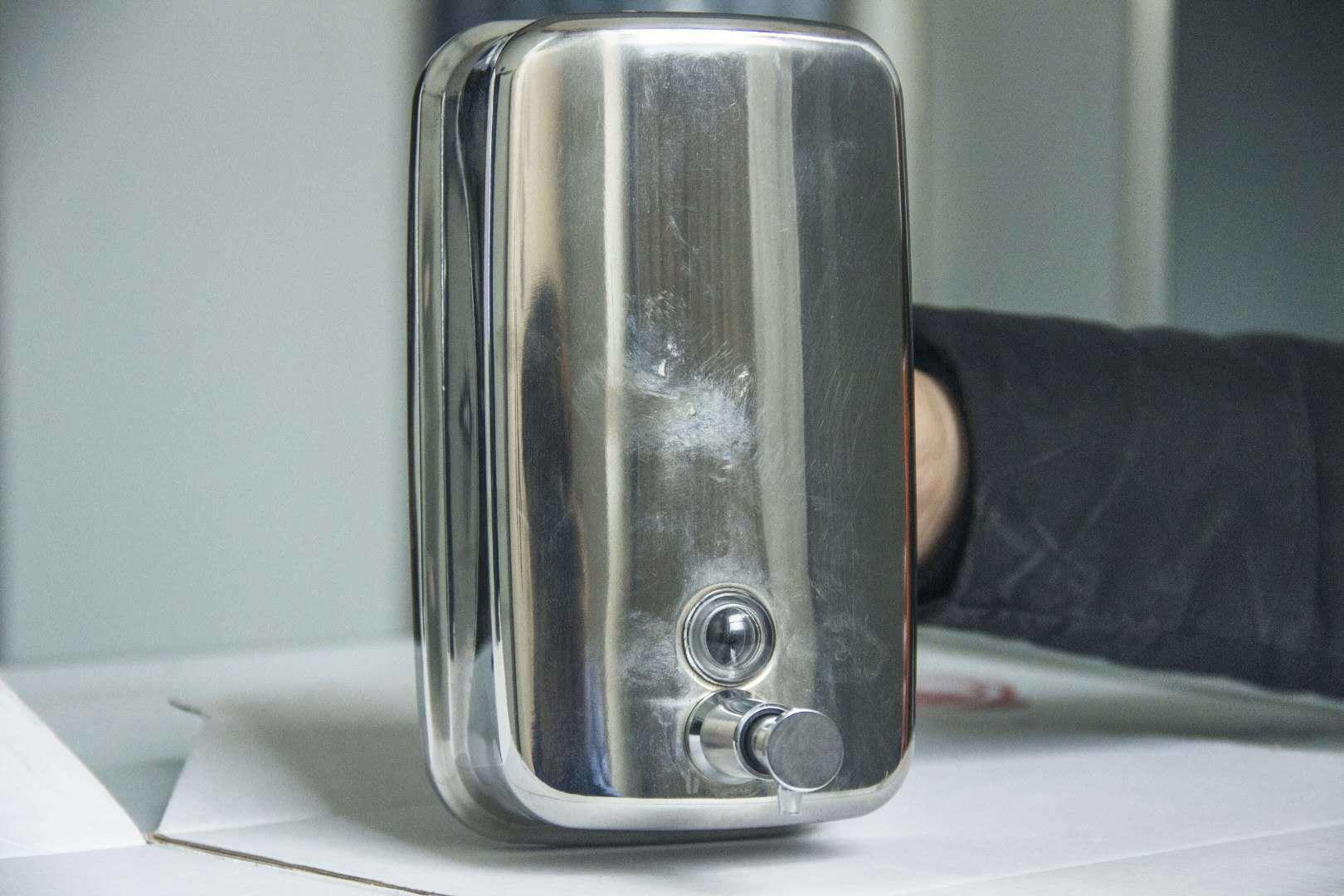 不锈钢给皂器